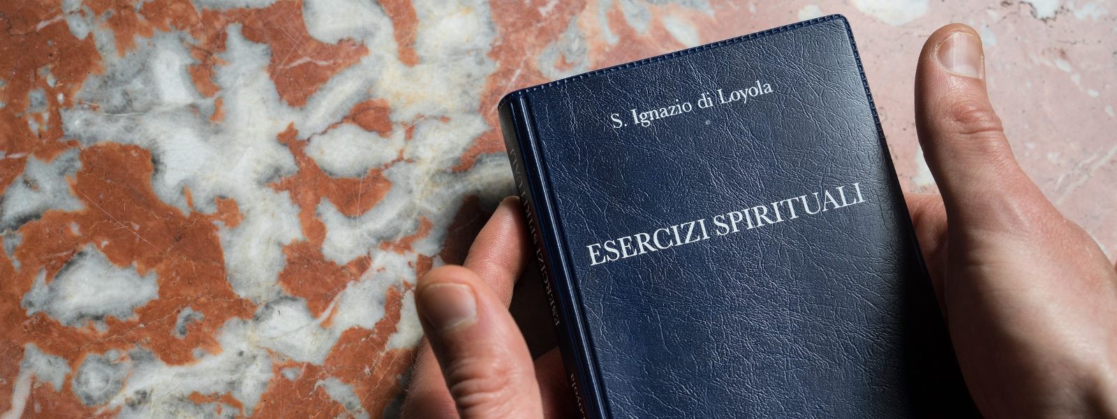 Copertina del libro degli Esercizi Spirituali di sant'Ignazio - Accompagnamento spirituale presso la parrocchia di san Saba, Roma